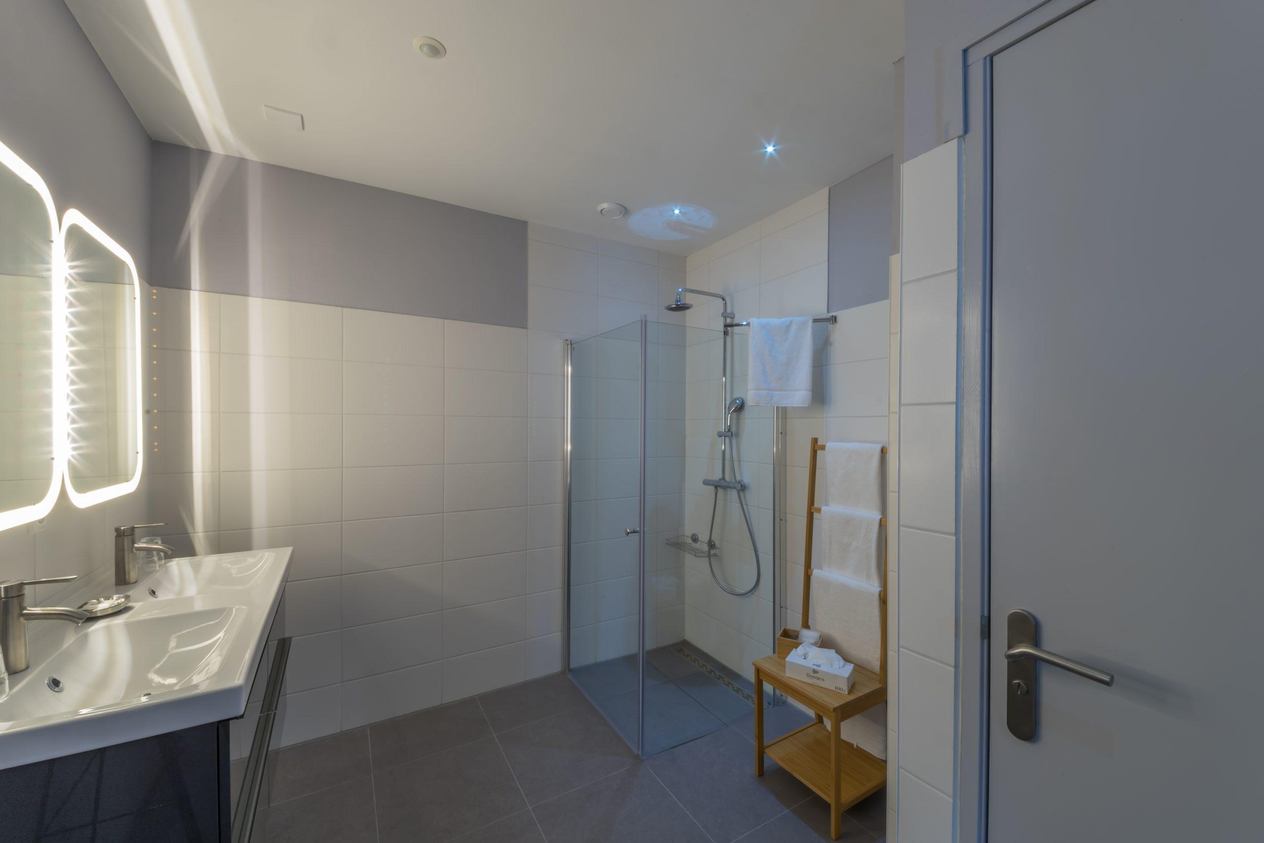 Badkamer-Bathroom-bathzimmer-Tulp-Relaxed-Slapen