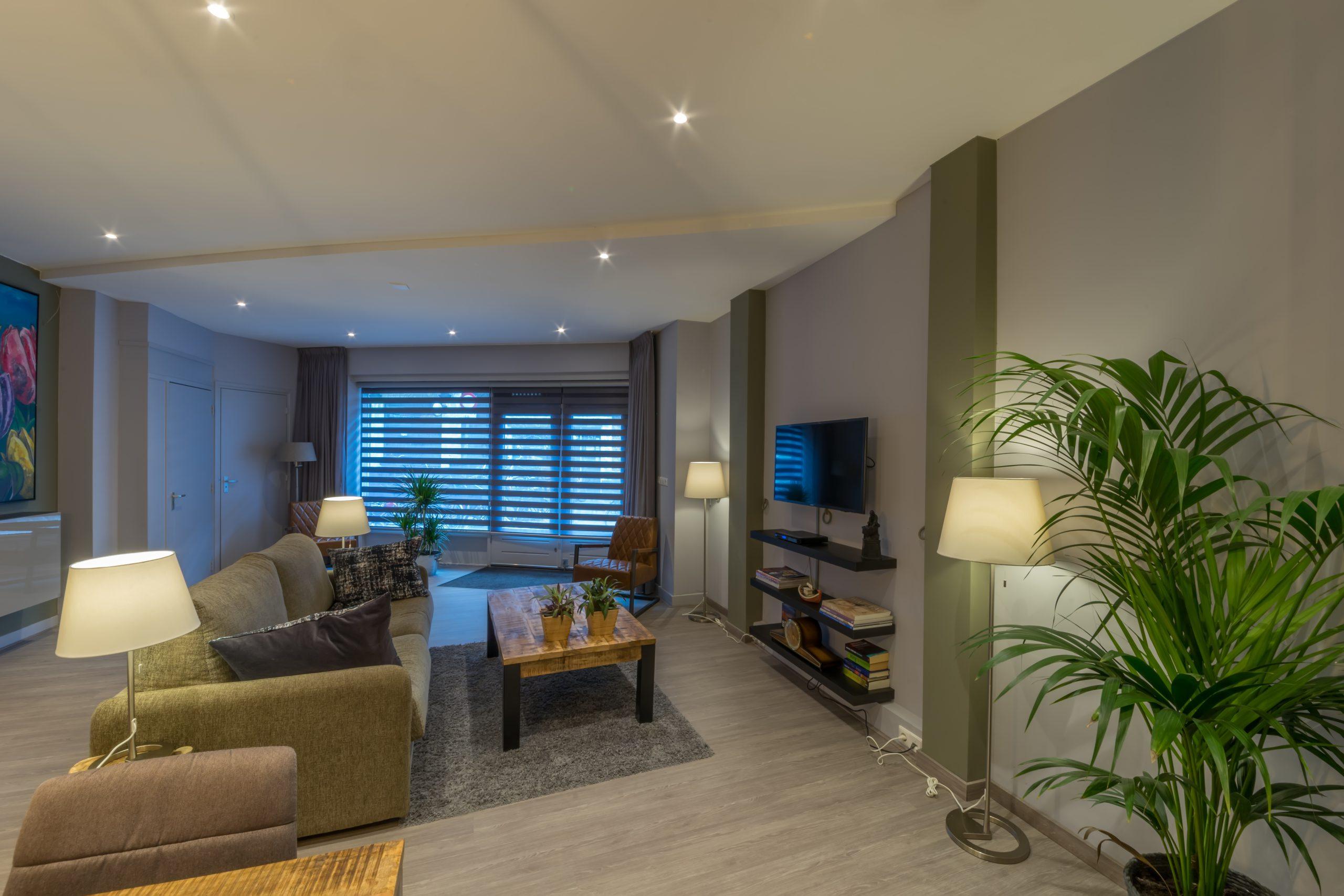 Woonkamer-Livingroom-wohnzimmer-Tulp-1