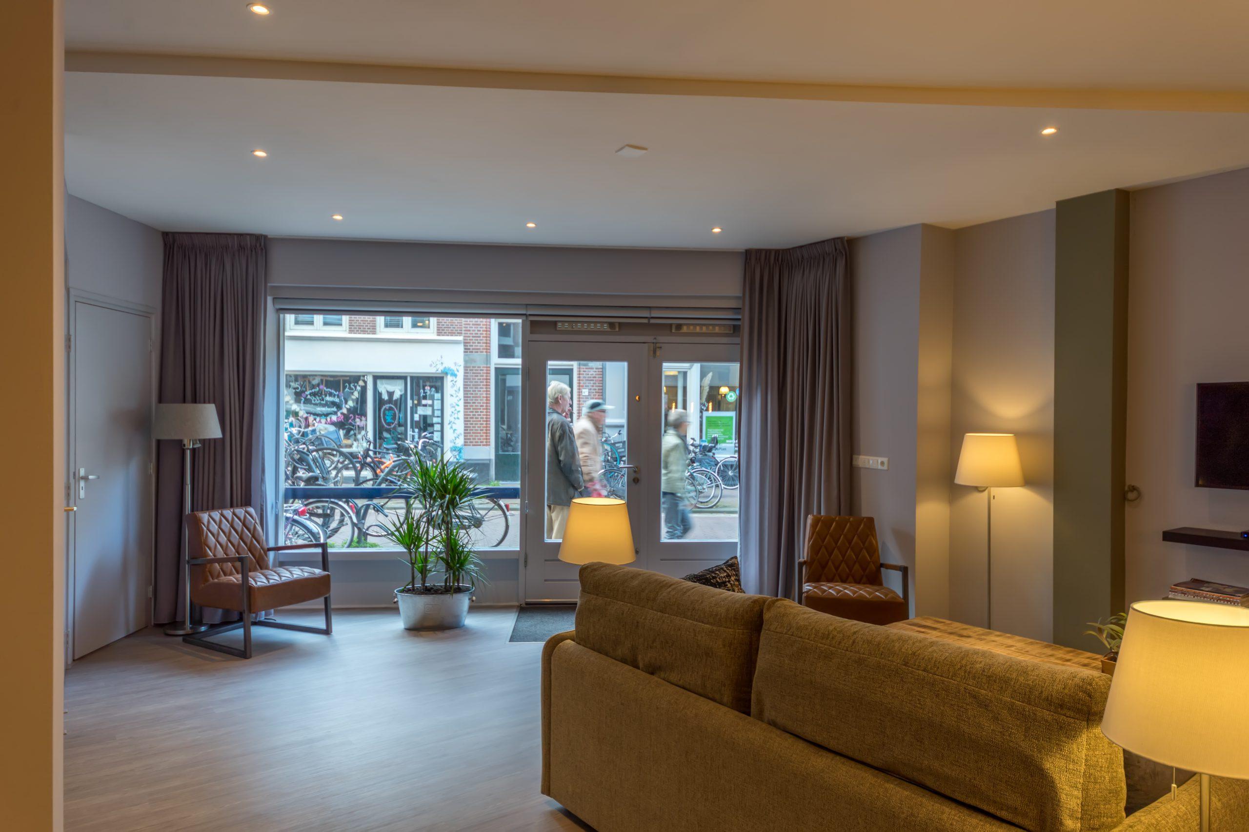 Woonkamer-Livingroom-wohnzimmer-Tulp-3