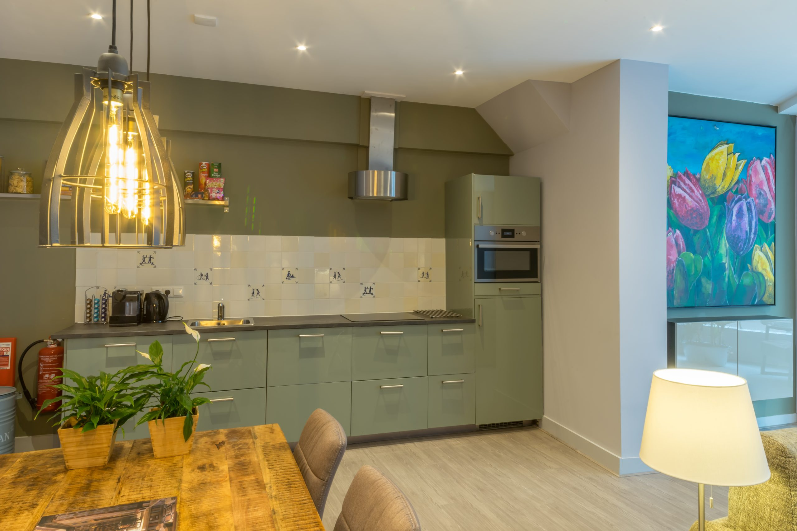 Woonkamer-Livingroom-wohnzimmer-Tulp-6