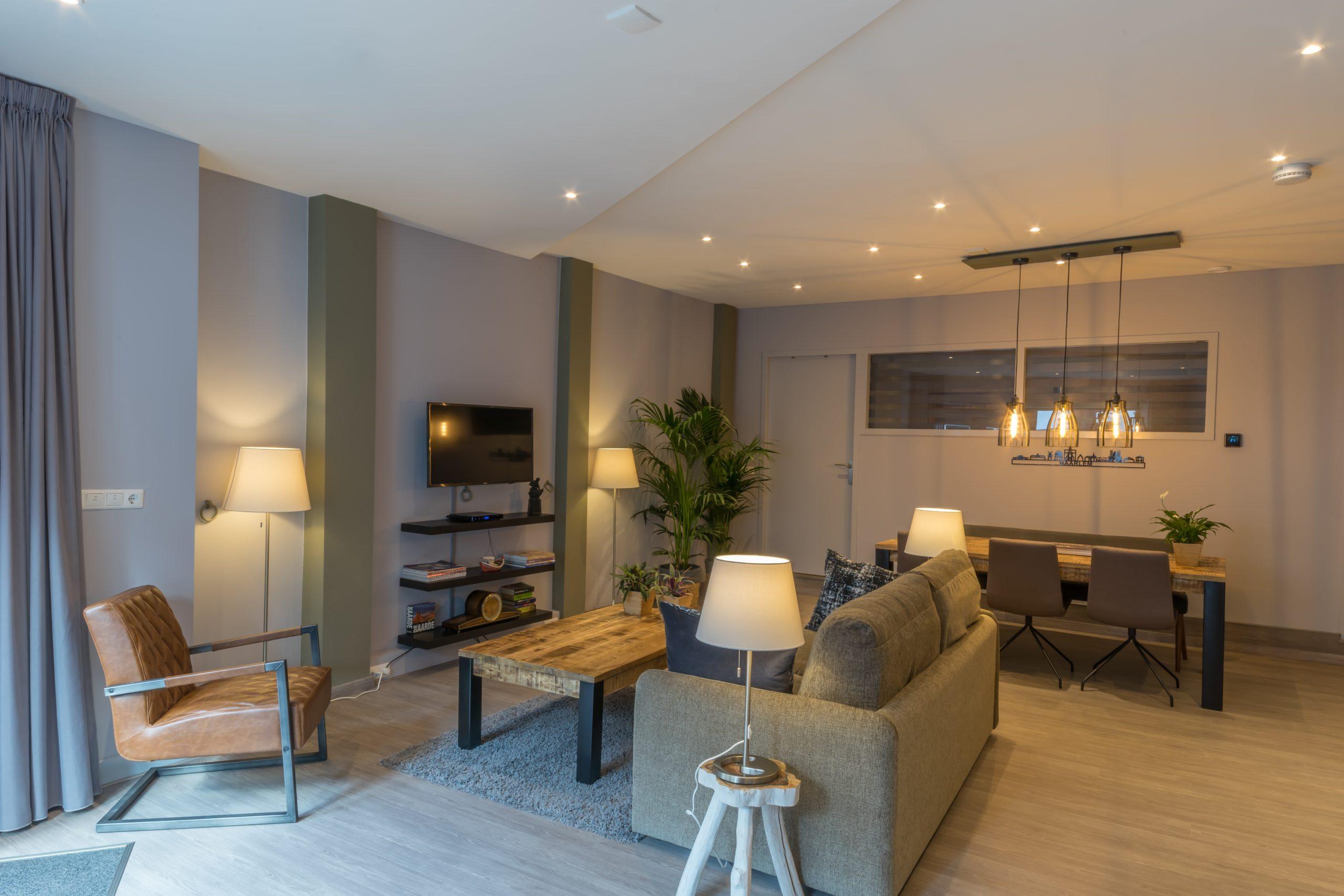 Woonkamer-Livingroom-wohnzimmer-Tulp-7